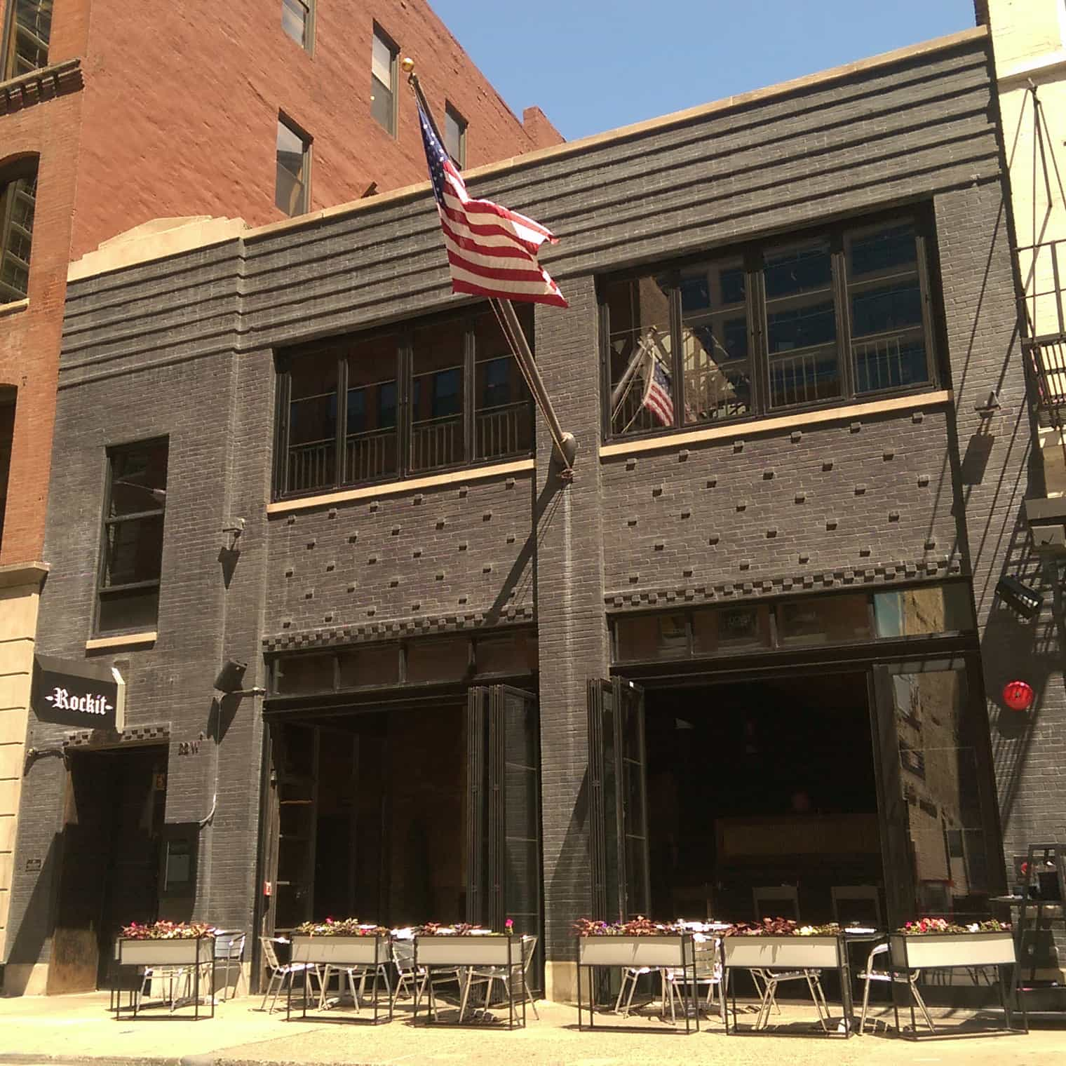 Bi-Folding Storefronts - Rockit Bar and Grill